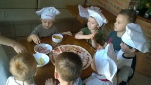 Wycieczka do pizzerii Serduszka i Gwiazdeczki